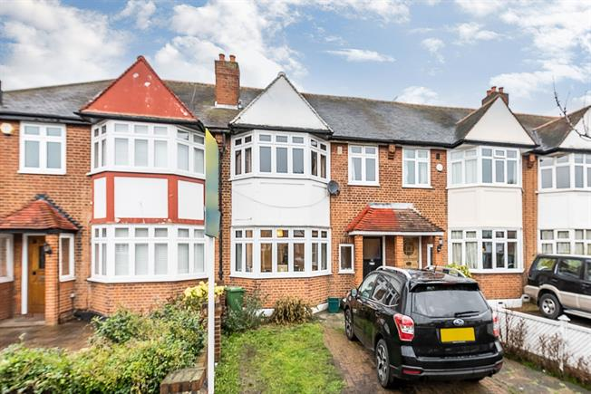 £2,000 per Calendar Month, 3 Bedroom Terraced House To Rent in London, SW20