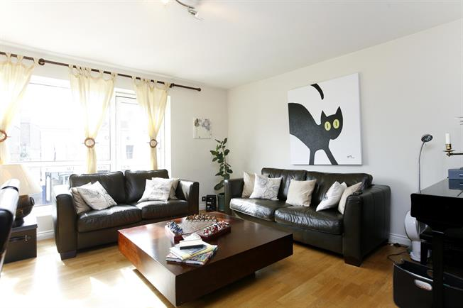 £1,950 per Calendar Month, 2 Bedroom Apartment To Rent in London, SW19