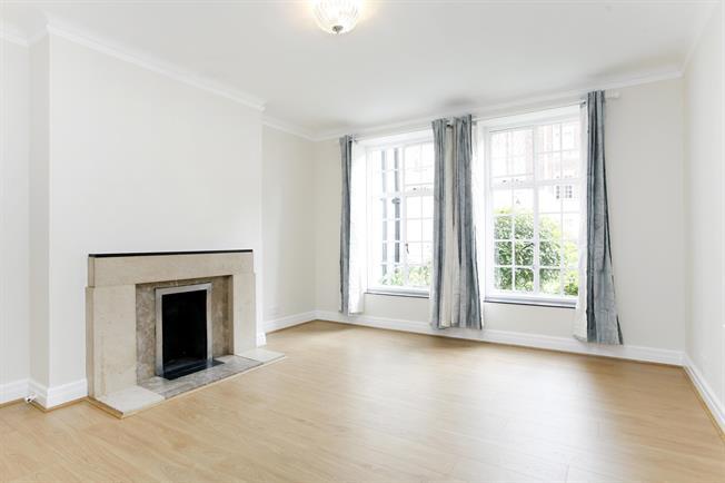 £1,750 per Calendar Month, 2 Bedroom Flat To Rent in London, SW19