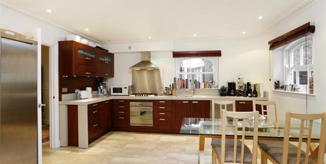 £3,700 per Calendar Month, 4 Bedroom House To Rent in Wimbledon, SW19