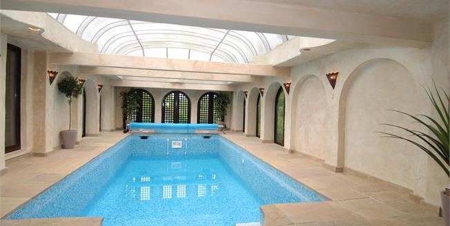 £4,995 per Calendar Month, 4 Bedroom Detached House To Rent in Windsor, SL4