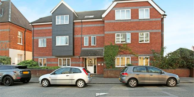 £1,250 per Calendar Month, 2 Bedroom Apartment To Rent in Windsor, SL4