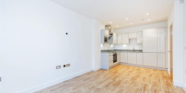£1,295 per Calendar Month, 1 Bedroom Apartment To Rent in Windsor, SL4