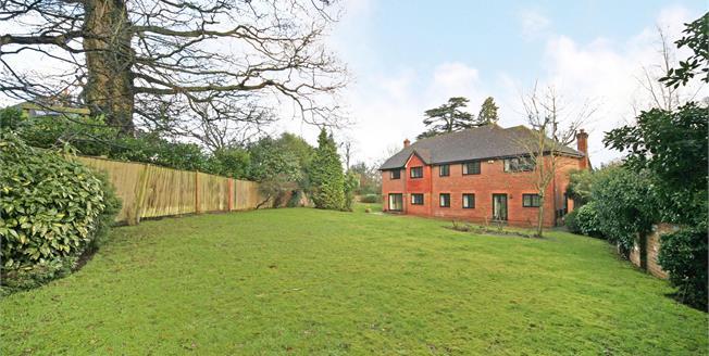 £6,000 per Calendar Month, 5 Bedroom Detached House To Rent in Windsor, SL4