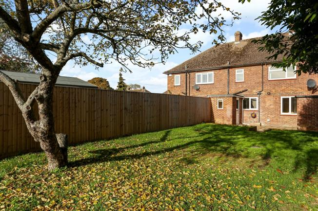 £1,350 per Calendar Month, 3 Bedroom Terraced House To Rent in Eton Wick, SL4