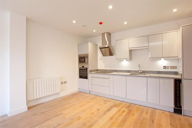 £1,550 per Calendar Month, 2 Bedroom Apartment To Rent in Windsor, SL4