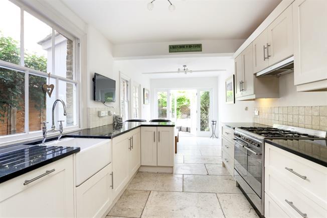 £2,400 per Calendar Month, 4 Bedroom Terraced House To Rent in Windsor, SL4