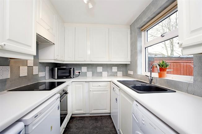 £1,450 per Calendar Month, 2 Bedroom Terraced House To Rent in Windsor, SL4