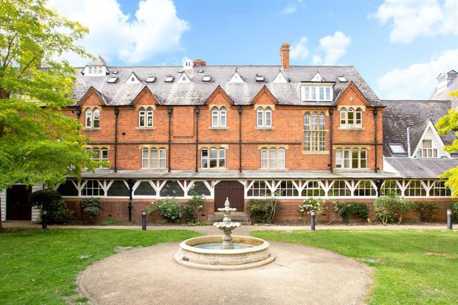 £1,030 per Calendar Month, 1 Bedroom Apartment To Rent in Windsor, SL4