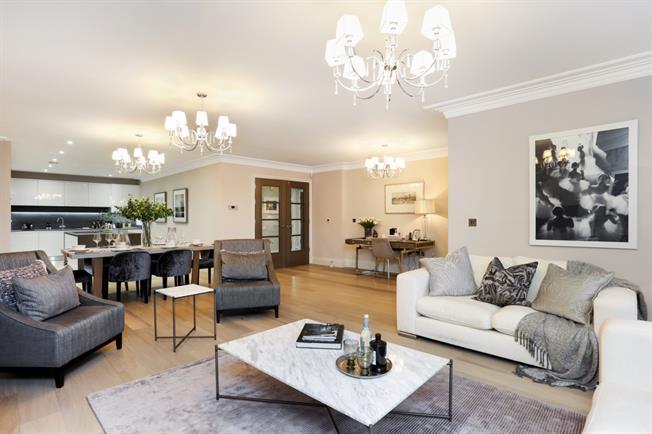£3,500 per Calendar Month, 2 Bedroom Apartment To Rent in Windsor, SL4