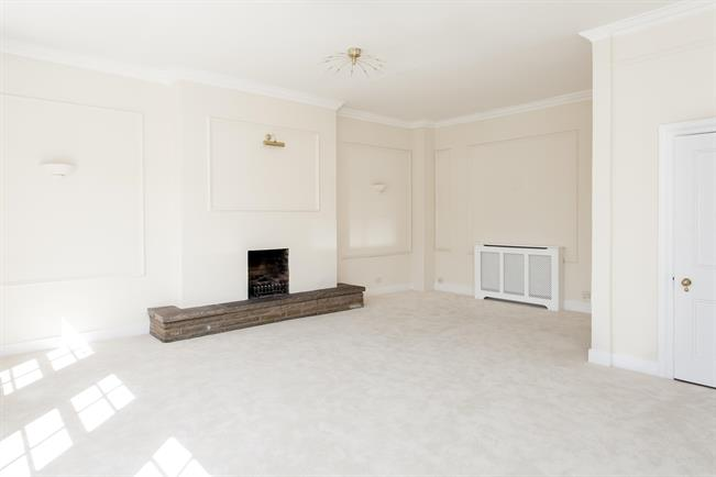 £6,500  per Calendar Month (Calculated), 4 Bedroom Apartment To Rent in London, W1K