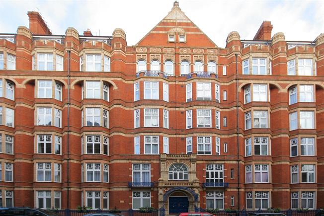 £3,250  per Calendar Month (Calculated), 2 Bedroom Flat To Rent in London, W1U
