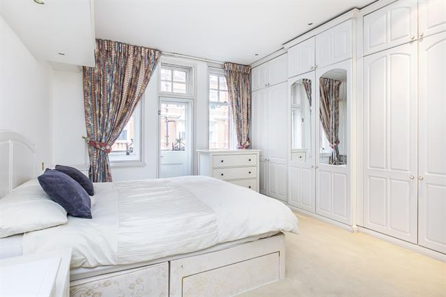 £4,766  per Calendar Month (Calculated), 2 Bedroom Apartment To Rent in London, W1K