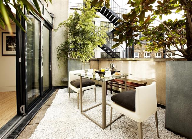 £19,781  per Calendar Month (Calculated), 2 Bedroom Flat To Rent in London, W1S