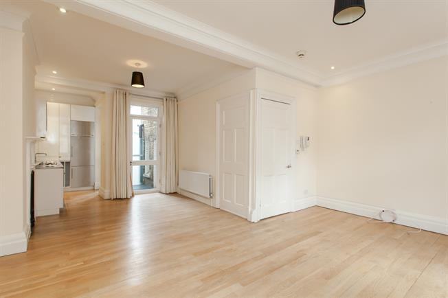 £5,633  per Calendar Month (Calculated), 2 Bedroom Apartment To Rent in London, W1S