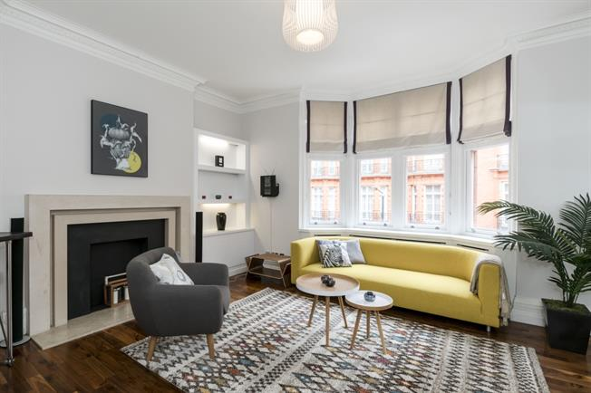 £7,583  per Calendar Month (Calculated), 2 Bedroom Flat To Rent in London, W1K