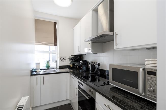 £2,816  per Calendar Month (Calculated), 2 Bedroom Apartment To Rent in London, W1U