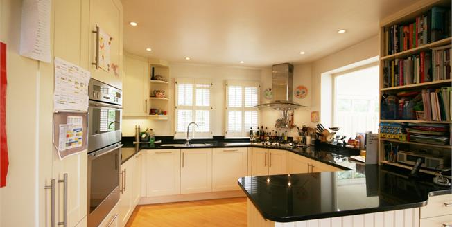 £5,800 per Calendar Month, 5 Bedroom House To Rent in London, W5