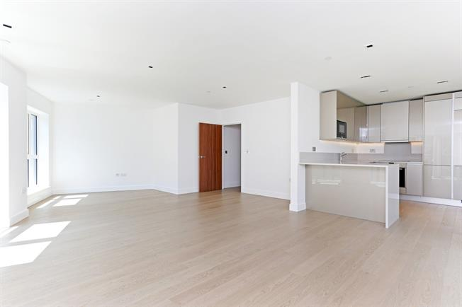 £2,600 per Calendar Month, 2 Bedroom Apartment To Rent in London, W5