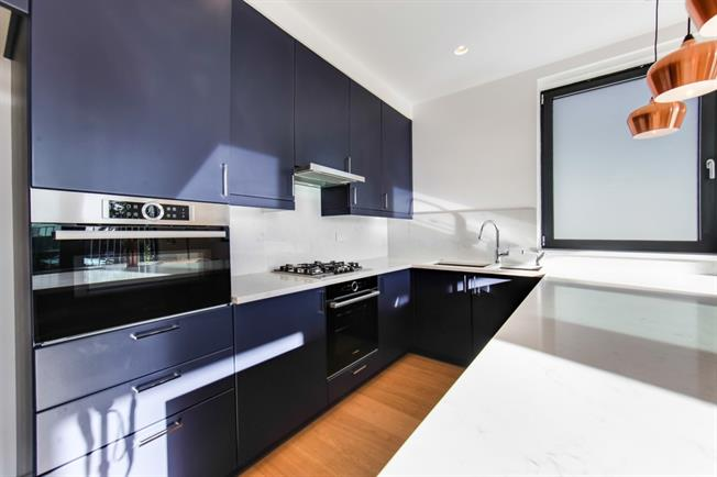 £3,700 per Calendar Month, 3 Bedroom Apartment To Rent in London, W5
