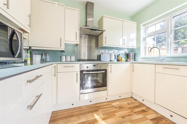£1,920 per Calendar Month, 4 Bedroom Semi Detached House To Rent in Harrow, HA2