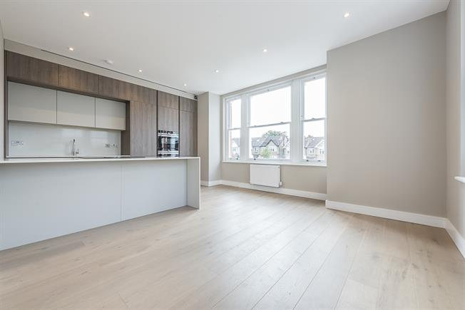 £1,475 per Calendar Month, 1 Bedroom Apartment To Rent in London, W5