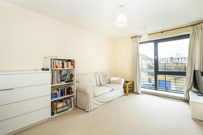 £1,750 per Calendar Month, 2 Bedroom Apartment To Rent in London, W13