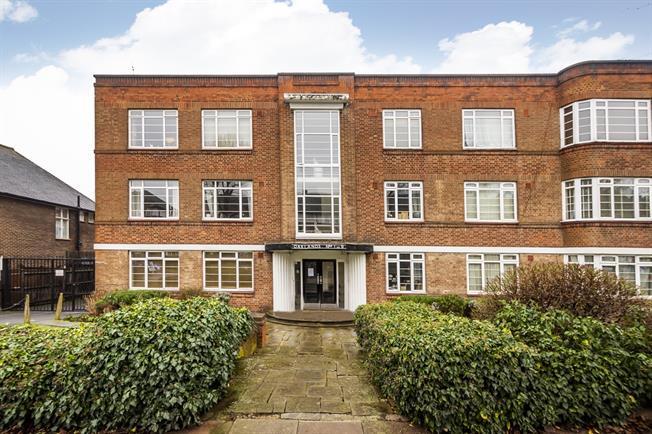 £1,250 per Calendar Month, 1 Bedroom Flat To Rent in London, W13