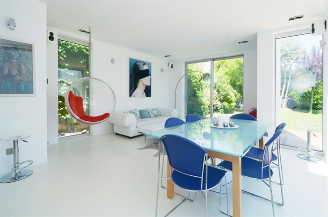 £7,000 per Calendar Month, 6 Bedroom Detached House To Rent in London, W5