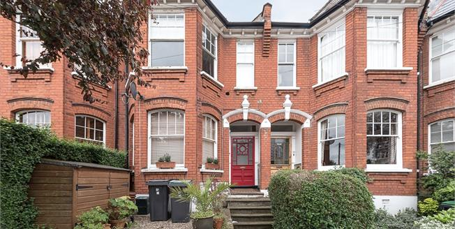 £1,950  per Calendar Month (Calculated), 2 Bedroom Flat To Rent in London, N10