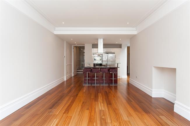 £3,683  per Calendar Month (Calculated), 4 Bedroom House To Rent in London, N10