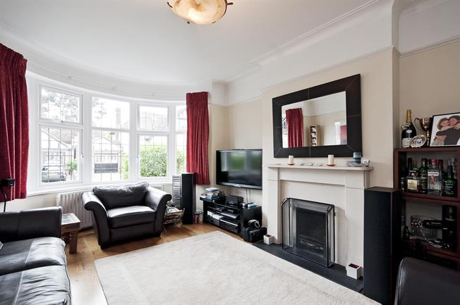 £3,141  per Calendar Month (Calculated), 4 Bedroom House To Rent in London, N10