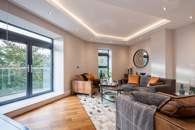 £1,711  per Calendar Month (Calculated), 1 Bedroom Apartment To Rent in London, N10