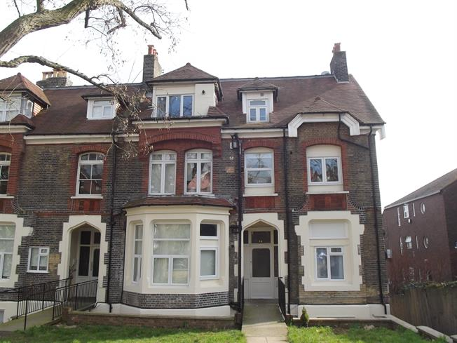 £1,581  per Calendar Month (Calculated), 2 Bedroom Flat To Rent in London, N4