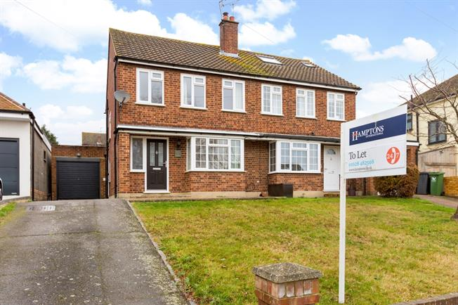 £1,695 per Calendar Month, 3 Bedroom Semi Detached House To Rent in Marlow, SL7