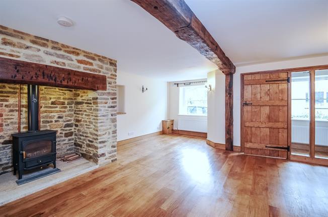£1,350 per Calendar Month, 3 Bedroom Cottage House To Rent in Beckington, BA11
