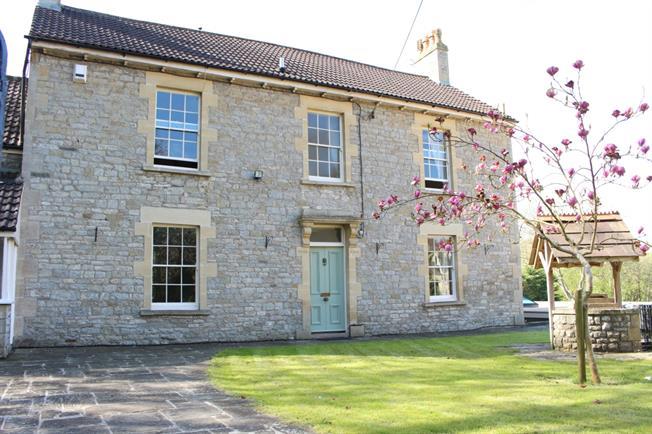 £2,600 per Calendar Month, 4 Bedroom Detached House To Rent in Bristol, BS31