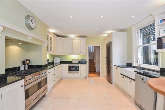 £3,500 per Calendar Month, 6 Bedroom Semi Detached House To Rent in Bath, BA2