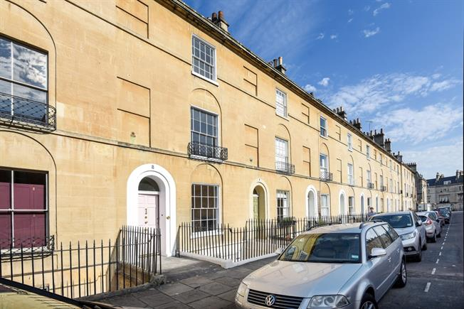 £3,995 per Calendar Month, 4 Bedroom Terraced House To Rent in Bath, BA2