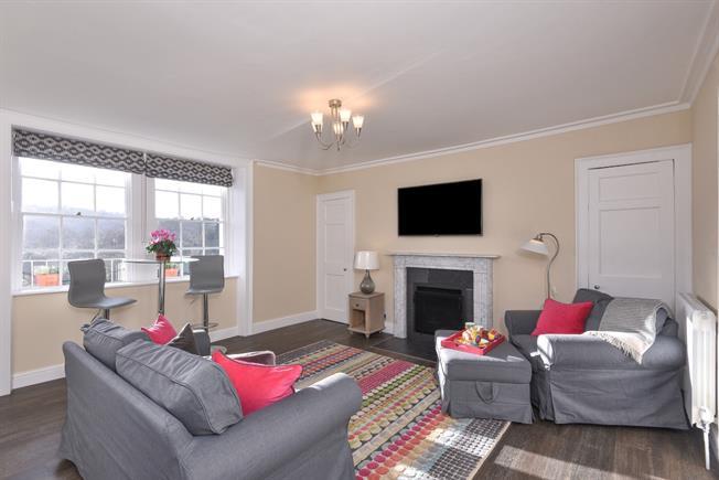 £1,250 per Calendar Month, 1 Bedroom Apartment To Rent in Bath, BA2