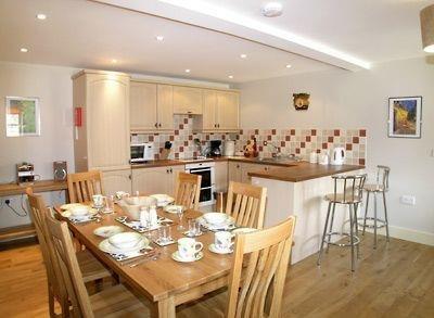 £1,792 per Calendar Month, 2 Bedroom Semi Detached House To Rent in Trowbridge, BA14