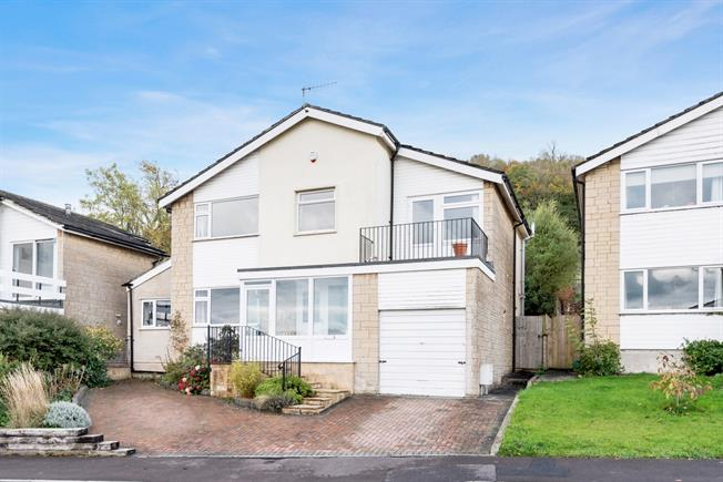 £1,995 per Calendar Month, 4 Bedroom Detached House To Rent in Bathford, BA1