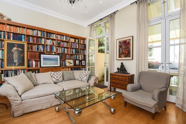 £3,295 per Calendar Month, 3 Bedroom House To Rent in Bath, BA1
