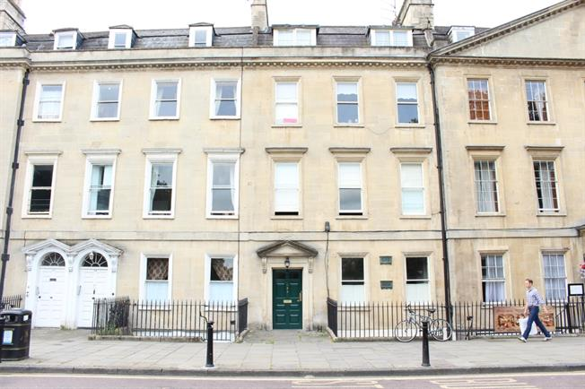 £950 per Calendar Month, 1 Bedroom Apartment To Rent in Bath, BA2