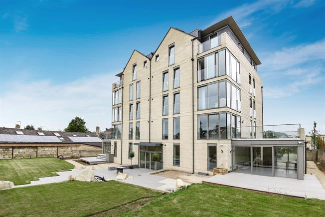 £1,650 per Calendar Month, 2 Bedroom Apartment To Rent in Bath, BA2