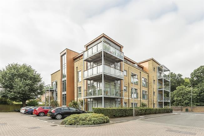 £1,600 per Calendar Month, 2 Bedroom Apartment To Rent in Teddington, TW11