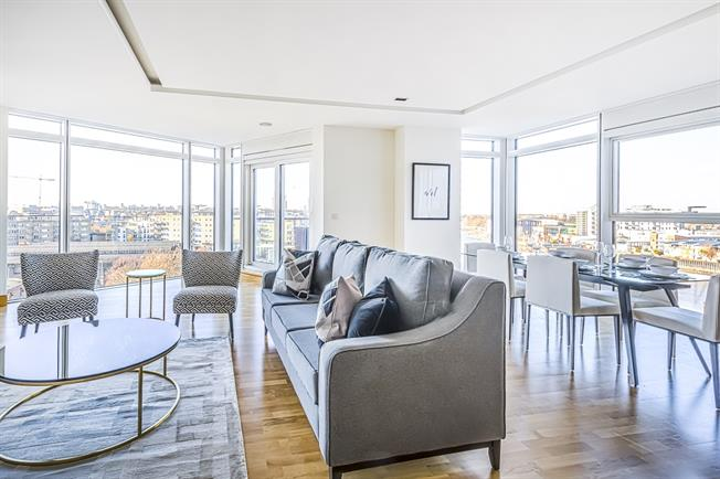 £3,500 per Calendar Month, 3 Bedroom Apartment To Rent in London, SW18