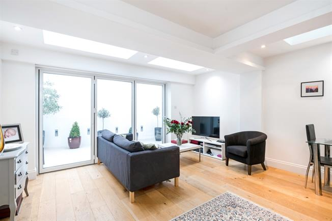 £2,275  per Calendar Month (Calculated), 2 Bedroom Flat To Rent in London, SW11
