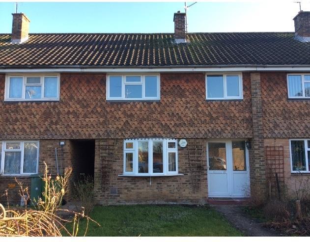 £1,295 per Calendar Month, 3 Bedroom Terraced House To Rent in Horsham, RH12