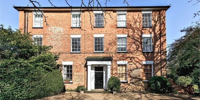 £850 per Calendar Month, 3 Bedroom House To Rent in Ettington, CV37